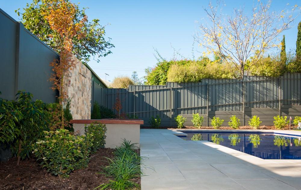 Sphere Garden Design Traditional Range Devon Pool Coping 50mm Square Edge 5