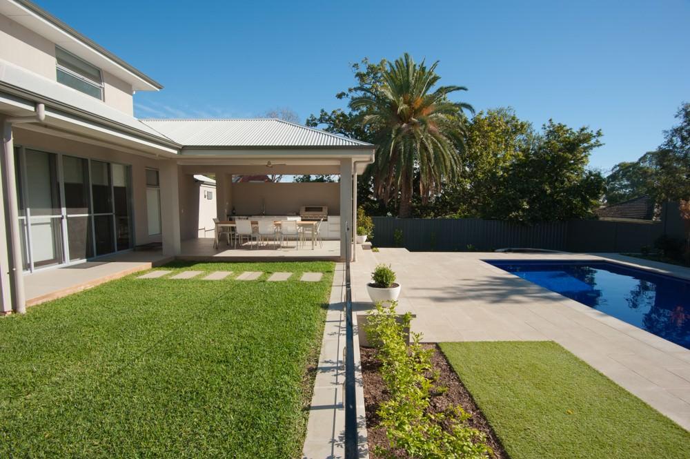 Sphere Garden Design Traditional Range Devon Pool Coping 50mm Square Edge 6