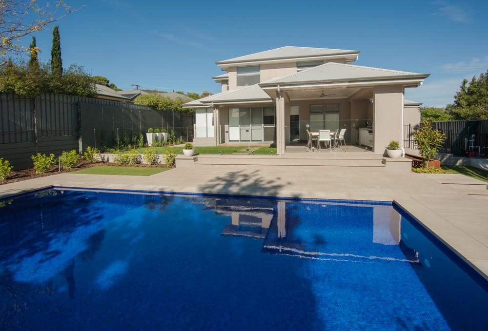 Sphere Garden Design Traditional Range Devon Pool Coping 50mm Square Edge 9