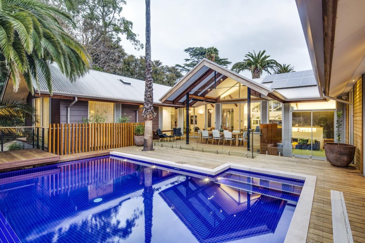 tcl lang homes adelaide traditional range bondi dropdown pool coping 2